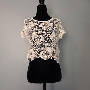 H&M Ivory Lace crop top
