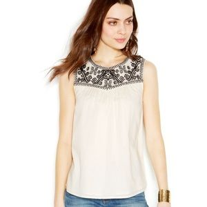 Lucky Brand Tops - Lucky Brand GEO EMBROIDERED TOP