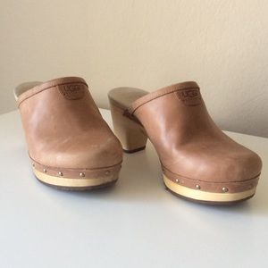 UGG Shoes - UGG clogs with wooden heel