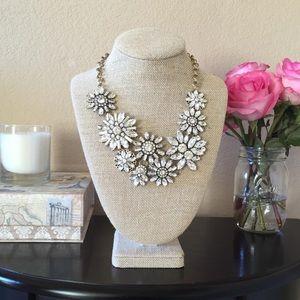 Sparky & Glam crystal necklace