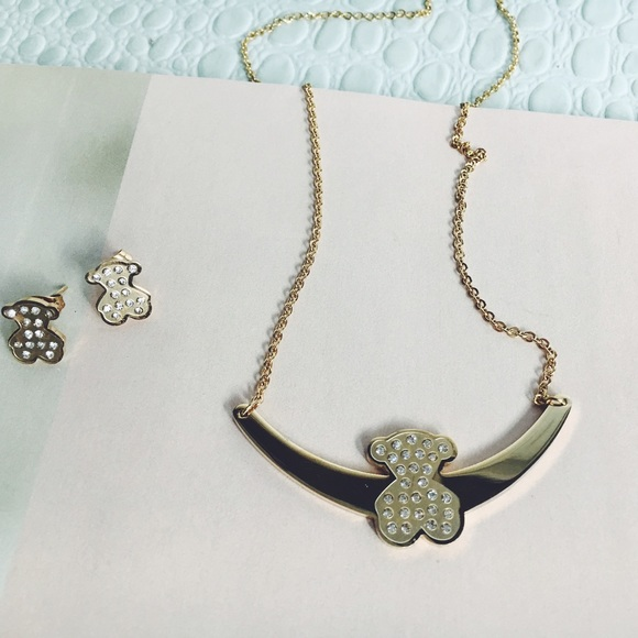 35 tous jewelry last one cz gold necklace