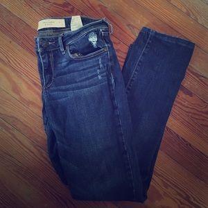 Abercrombie & Fitch skinny jeans size 4R 27w