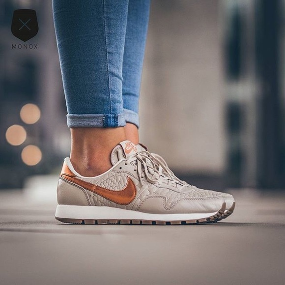 Top Nike Shoes | Womens Air Pegasus 83 Prm Quilted | Poshmark @KG94