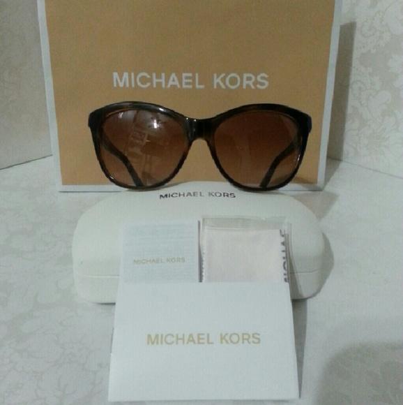 d13a29f97e35 MICHAEL Michael Kors Bags | Greenwich Large Grab Bag | Poshmark