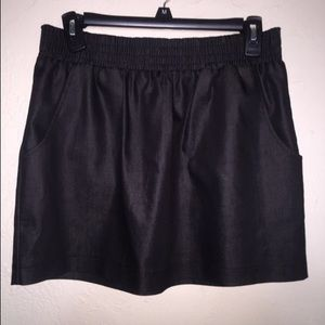Guess Skirts - Cute Guess Mini w/ pockets