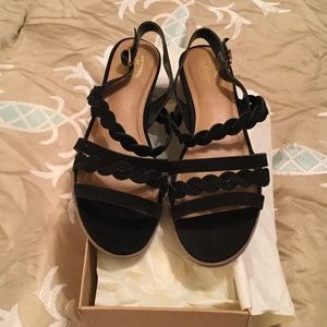 Bass Shoes - NWT IN BOX GH BASS BLACK SANDALS Reduced!