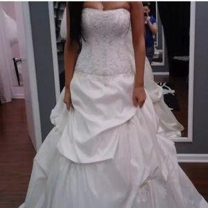 Maggie Soterro Victoriana Wedding Dress