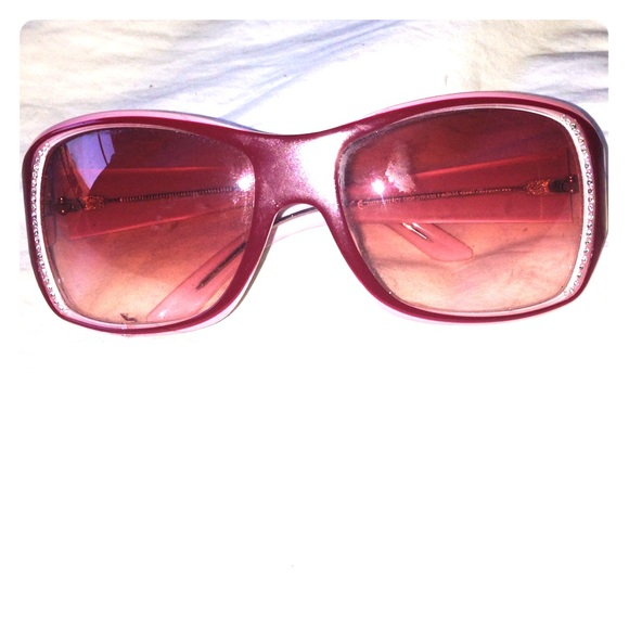 eb209c8773 89% off Dior Accessories - Pink two tone and rhinestone Dior sunglasses  from Nicky
