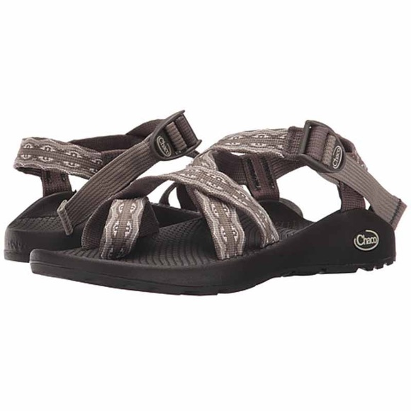 152c0d8a0fc9 women s Chaco Z2 classic Mayan bungee size 6