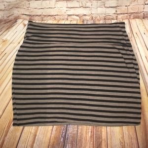 Charlotte Russe size large mini skirt