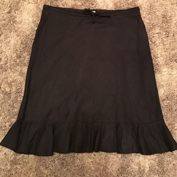 divided divided by h m black a line skirt from s
