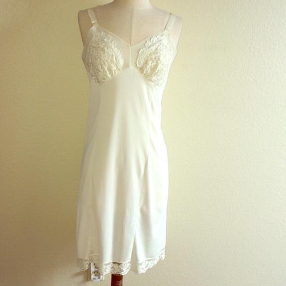 66601fdb3862 Vintage Intimates & Sleepwear | Tage 40s Aristocraft Ivory Lace ...