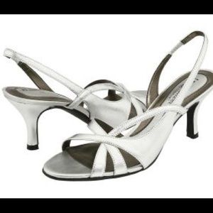 Naturalizer Shoes - 🔅W/ FREE GIFT🔅SILVER short heels 🙆🏼👡👛👑💍