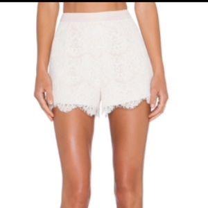 Endless rose lace shorts