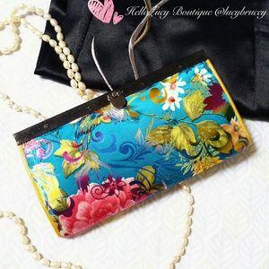 Wardrobe Revolution Handbags - 🌟Host Pick🌟🆕New Handmade Silk Billfolder Wallet