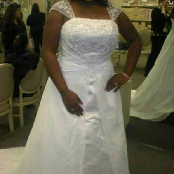 5baaa1428e71 David's Bridal Dresses | Davids Bridal Aline Wedding Dress Wcap ...
