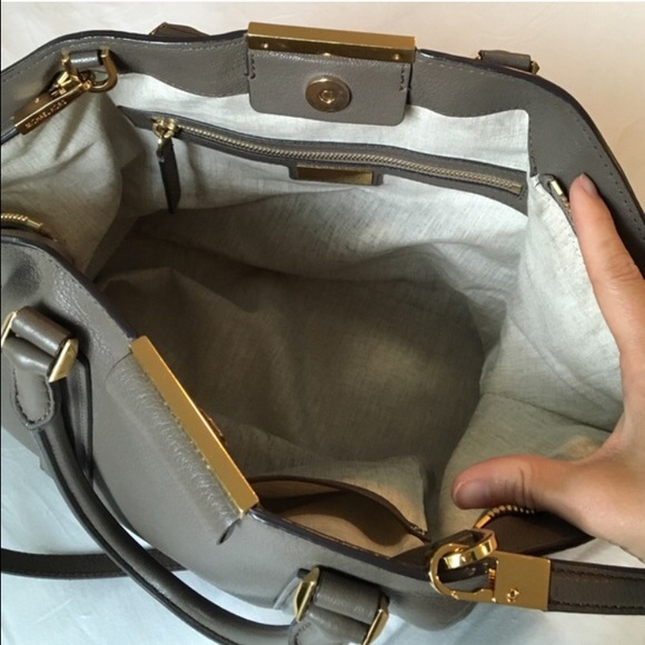 becf5ffc833d ... Michael Kors Bags - 🔴 SOLD 🔴 Michael Kors Collection Lexi Satchel