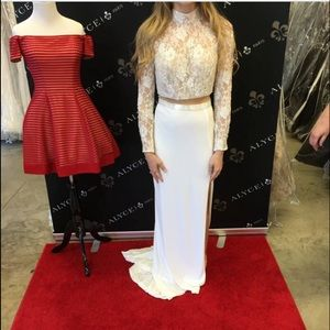 Sherri Hill Dresses & Skirts - White lace Wedding/Prom dress!Wonderful condition