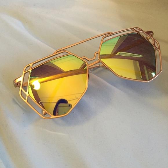 7343e6c86ad New Green   Gold Hexagon Mirror Sunglasses. NWT. Ray-Ban