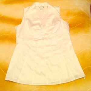 White House Black Market blouse NWT size 4