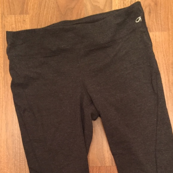 79% off GAP Pants - GapFit Charcoal Grey Capri Workout Pants from ...