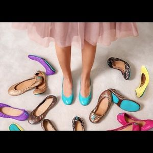 In search of Tieks!