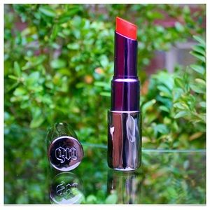 Urban Decay Revolution Lipstick in BANG