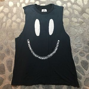 UNIF Zed Zip Muscle Tee Medium