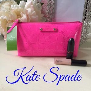 ✨HOST PICK✨Kate Spade patent pouch