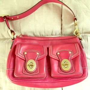 Raspberry coach shoulder bag