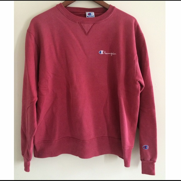 Champion red crewneck sweatshirt size L