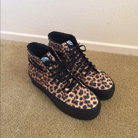 9acdbd04e05c3b Vans Leopard Sk8-Hi Platform Sneakers. M 5752f538bcd4a7f47803a3f9