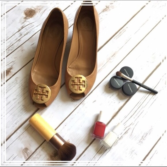 Tory Burch Sally 2 tan luggage peeptoe wedge pumps