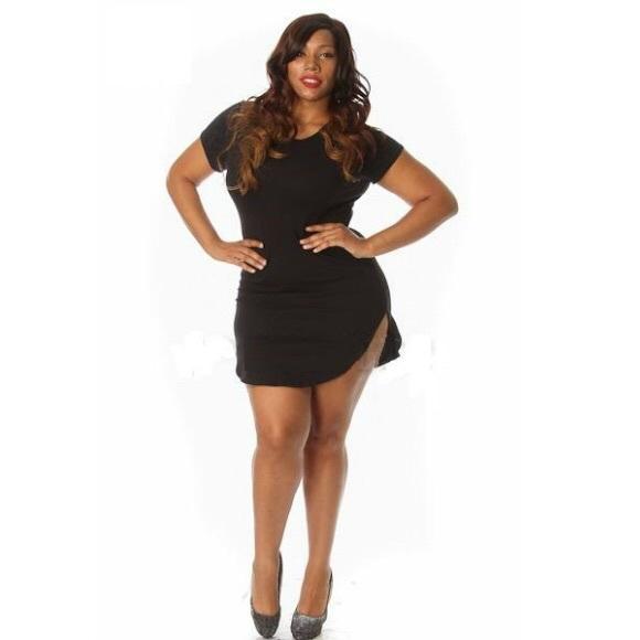 8f05dcbbfb5 NWT Plus Size Curved Hem Tunic Bodycon Mini Dress