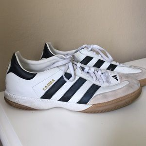 Adidas Shoes - Adidas Samba sneakers
