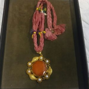 Jewelry - Unique carnelian and pearl necklace