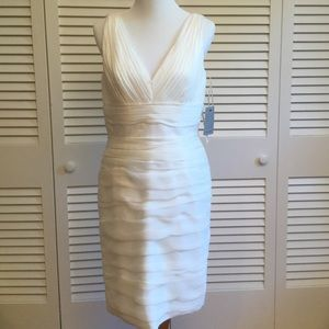 Monique Lhuillier Dresses & Skirts - Monique Lhuillier Beautiful Ruched White Dress NWT