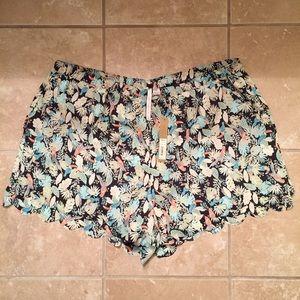 LC Lauren Conrad Pants - LC Lauren Conrad Scalloped Soft Shorts