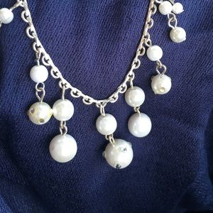Pearl and silver fashion necklace