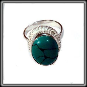 Jewelry - GREEN STERLING OVERLAY RING