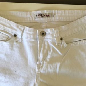 Cielo Denim - White size 7 juniors Cielo jeans