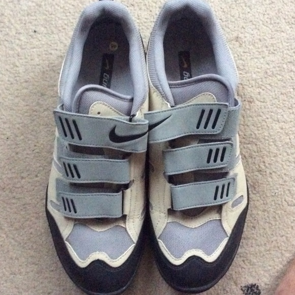 Nike ACG cycling shoes with clamps. Men s. M 57534cd63c6f9fa85500cf86 22088d3d5a1d