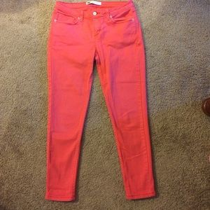 Red Levi's Skinny Jeans