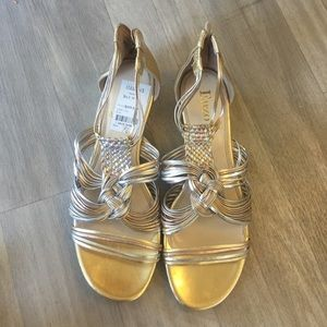 Enzo Angiolini gold, silver and bronze sandals 7.5