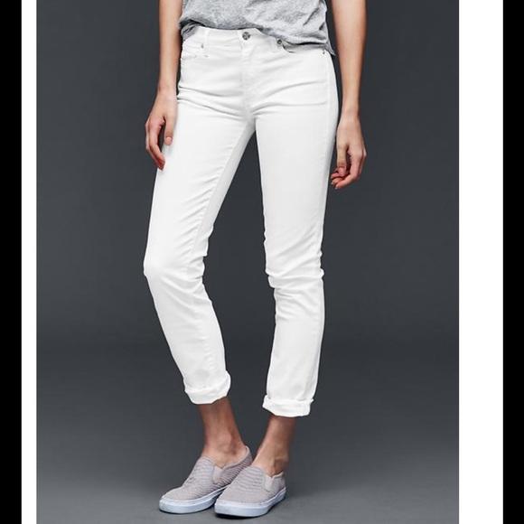a523d2981b8 GAP Pants - Authentic 1969 Gap Best Girlfriend Jean-white NWOT