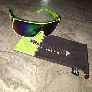 Von zipper Other - Von Zipper limited addition bionicle sunglasses
