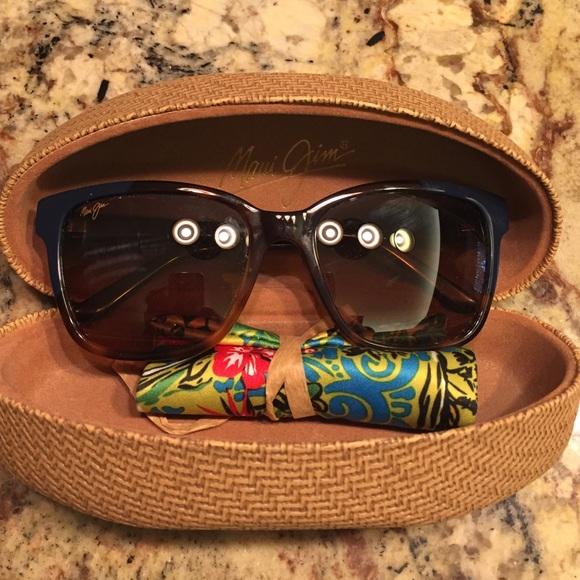 2b094784a30 Maui Jim Moonbow sunglasses. M_5753757478b31ce88f010d31