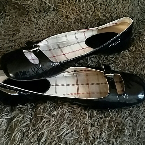 coach coach patent leather flat shoes from shinae s