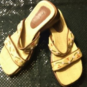 60 Off Bare Traps Shoes Bare Traps Jump Out Sandals
