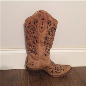 Corral boots Shoes - Corral boots 8.5 m.     Box says 9 not correct.
